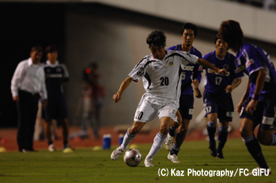KazP_広島_FC岐阜2_D2_0160のコピー.jpg